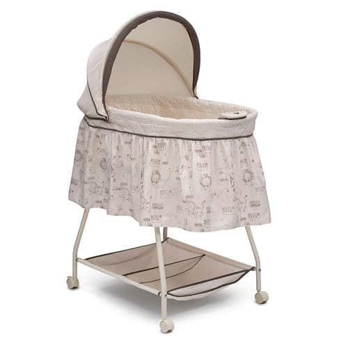 Delta Children Deluxe Portable Bassinet With Wheels
