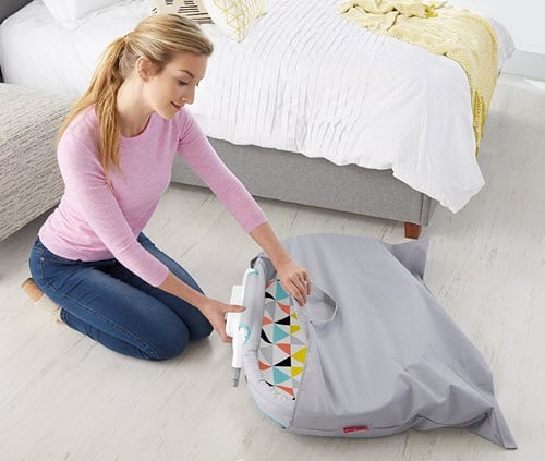 Fisher-Price Stow' n Go Travel Bassinet for Infant
