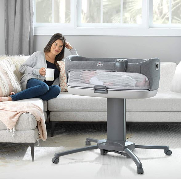 move anywhere you in the room Chicco Close to You 3-in-1 Bedside Bassinet