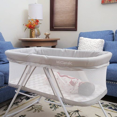 Newborn baby in Miclassic 2in1 Rocking Bassinet